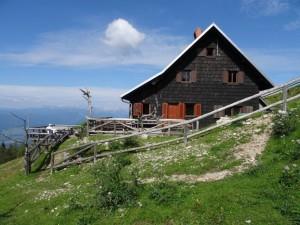 Roblekov dom na Begunjščici.